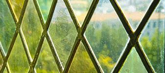 gekleurd glas in Maassluis